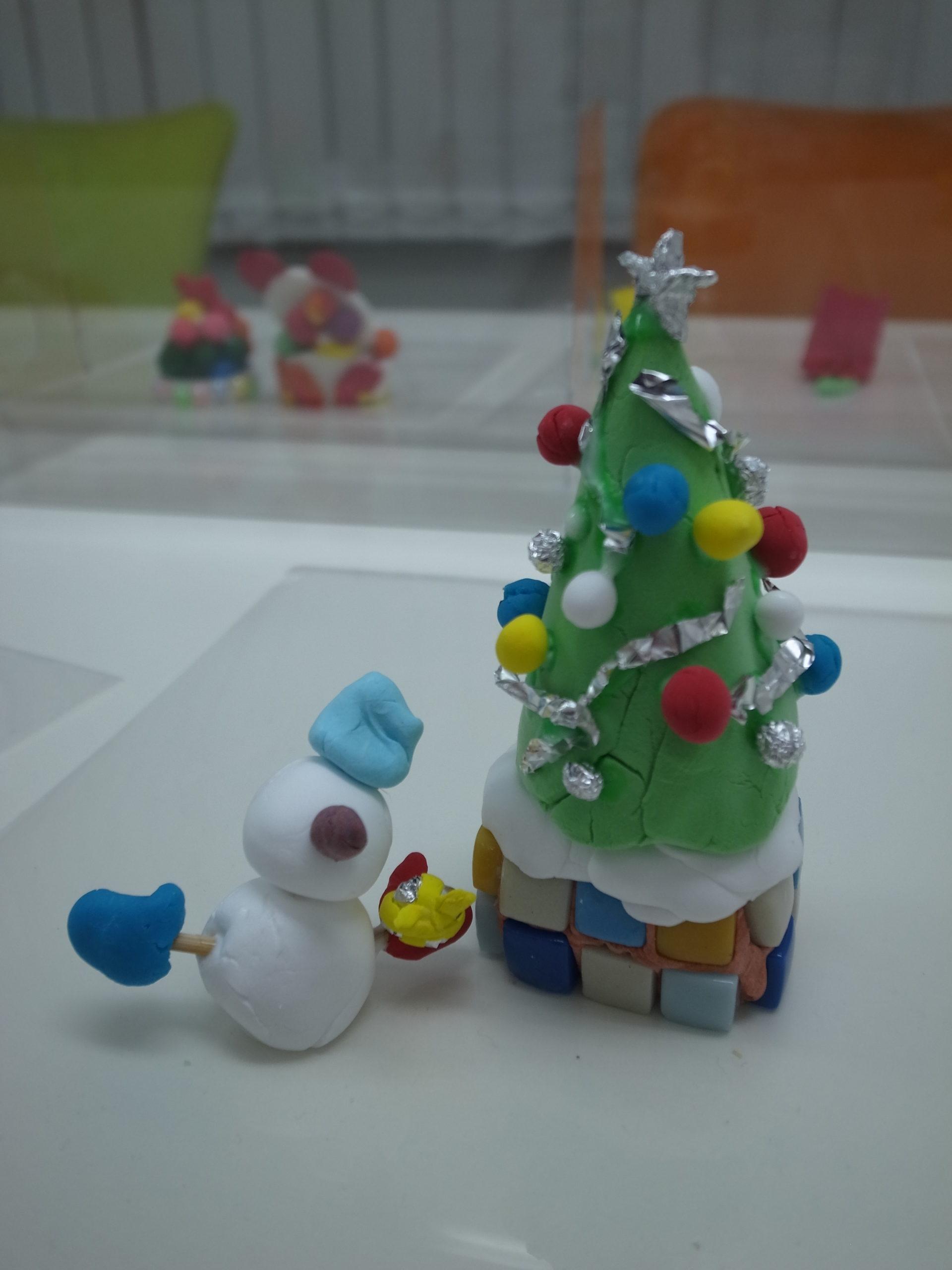 クリスマス飾り作りのワークショップを実施しました。