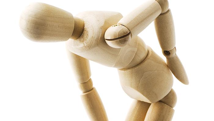 在宅ワーク・在宅訓練と腰痛の関係性とは?